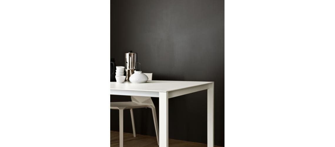 Thin-K tafel Kristalia